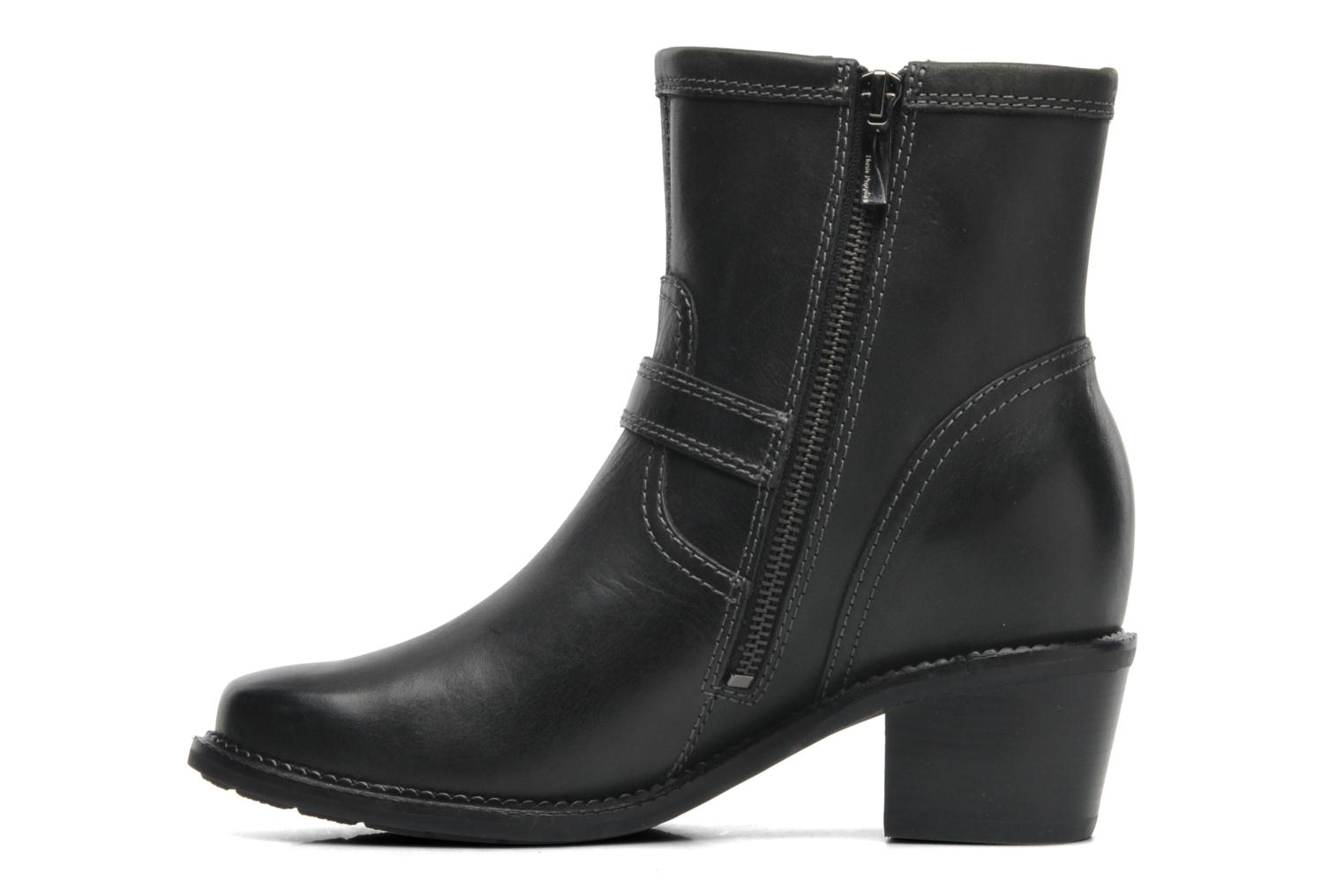 Summer Cordell Black leather