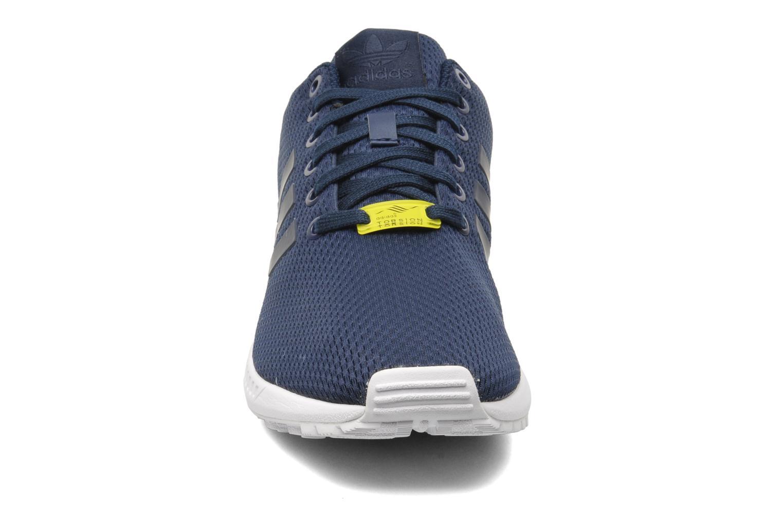 Sneaker Adidas Originals Zx Flux blau schuhe getragen