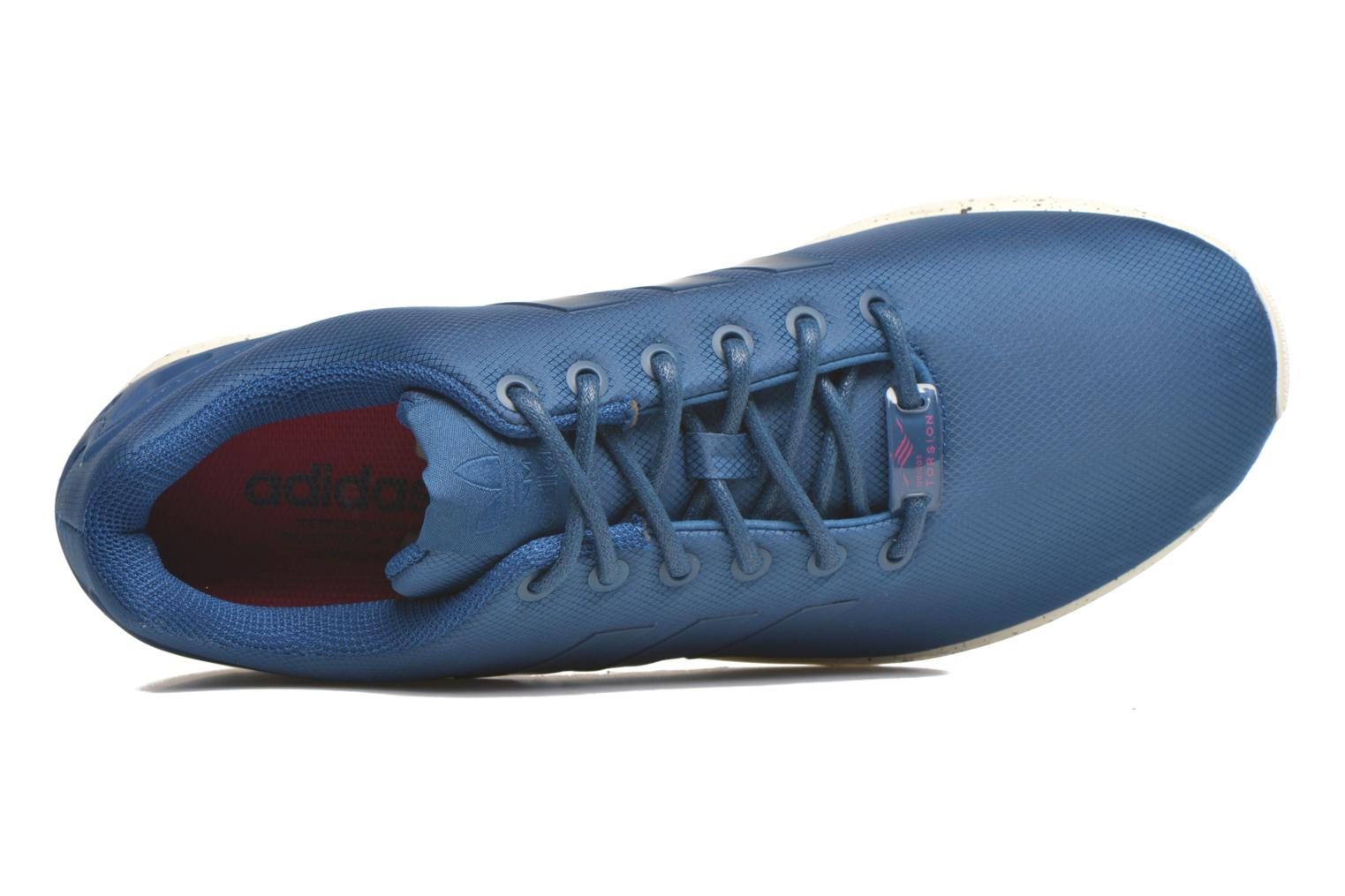 Trainers Adidas Originals Zx Flux Blue view from the left