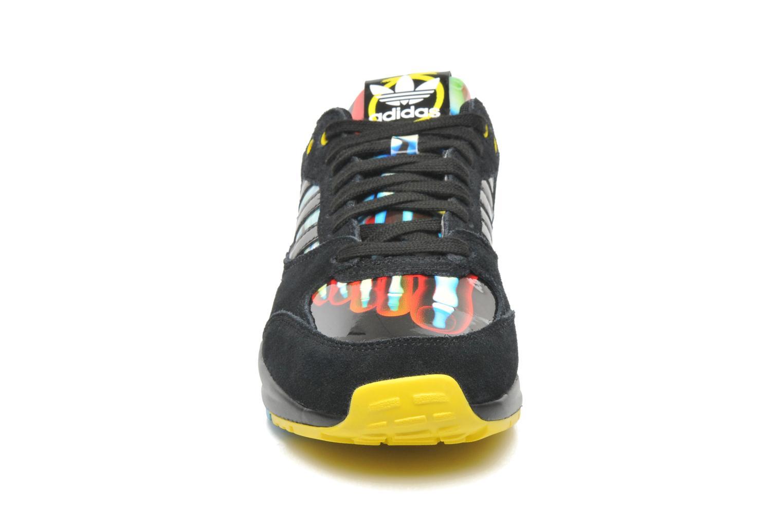 Sneaker Adidas Originals Tech Super W schwarz schuhe getragen