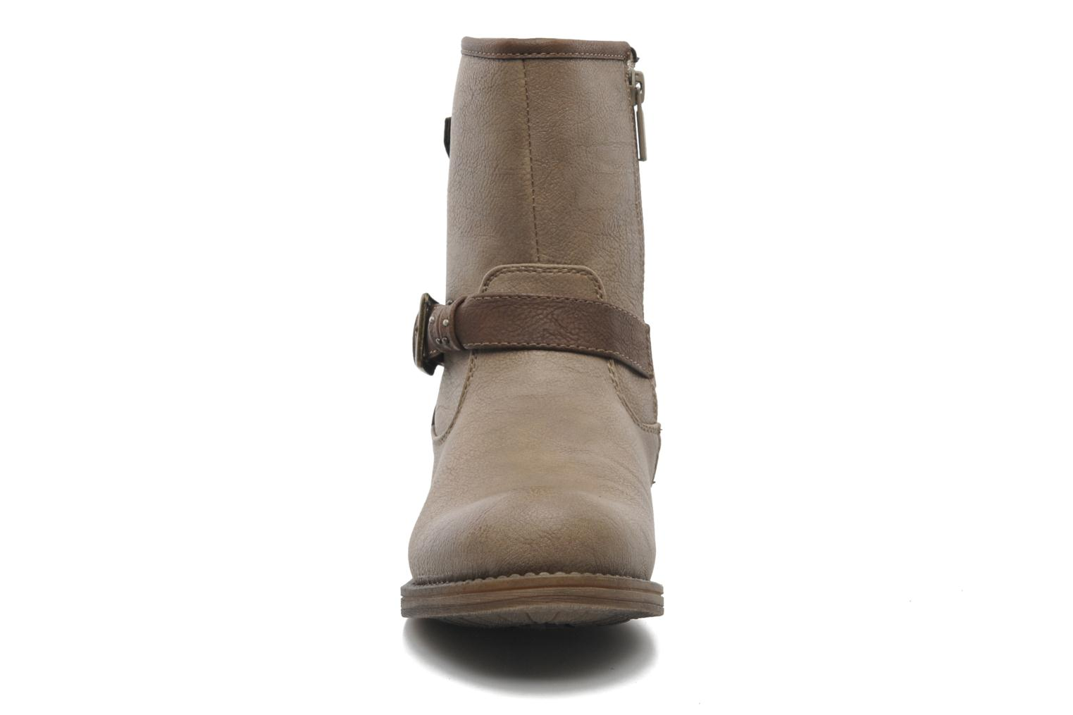 Ankle boots Mustang shoes Maki Beige model view