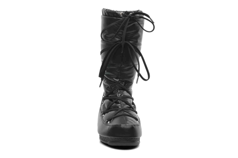 Stivali Moon Boot Soft Met Nero modello indossato