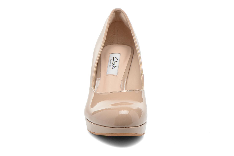 High heels Clarks Crisp Kendra Beige model view