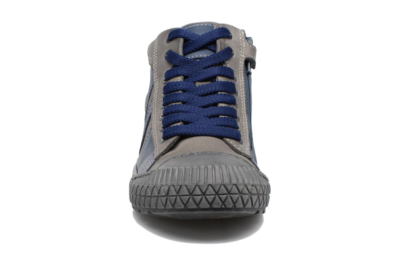 Sneaker Stones and Bones Niels blau schuhe getragen