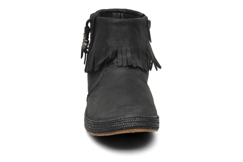 Stiefeletten & Boots UGG Tiana schwarz schuhe getragen