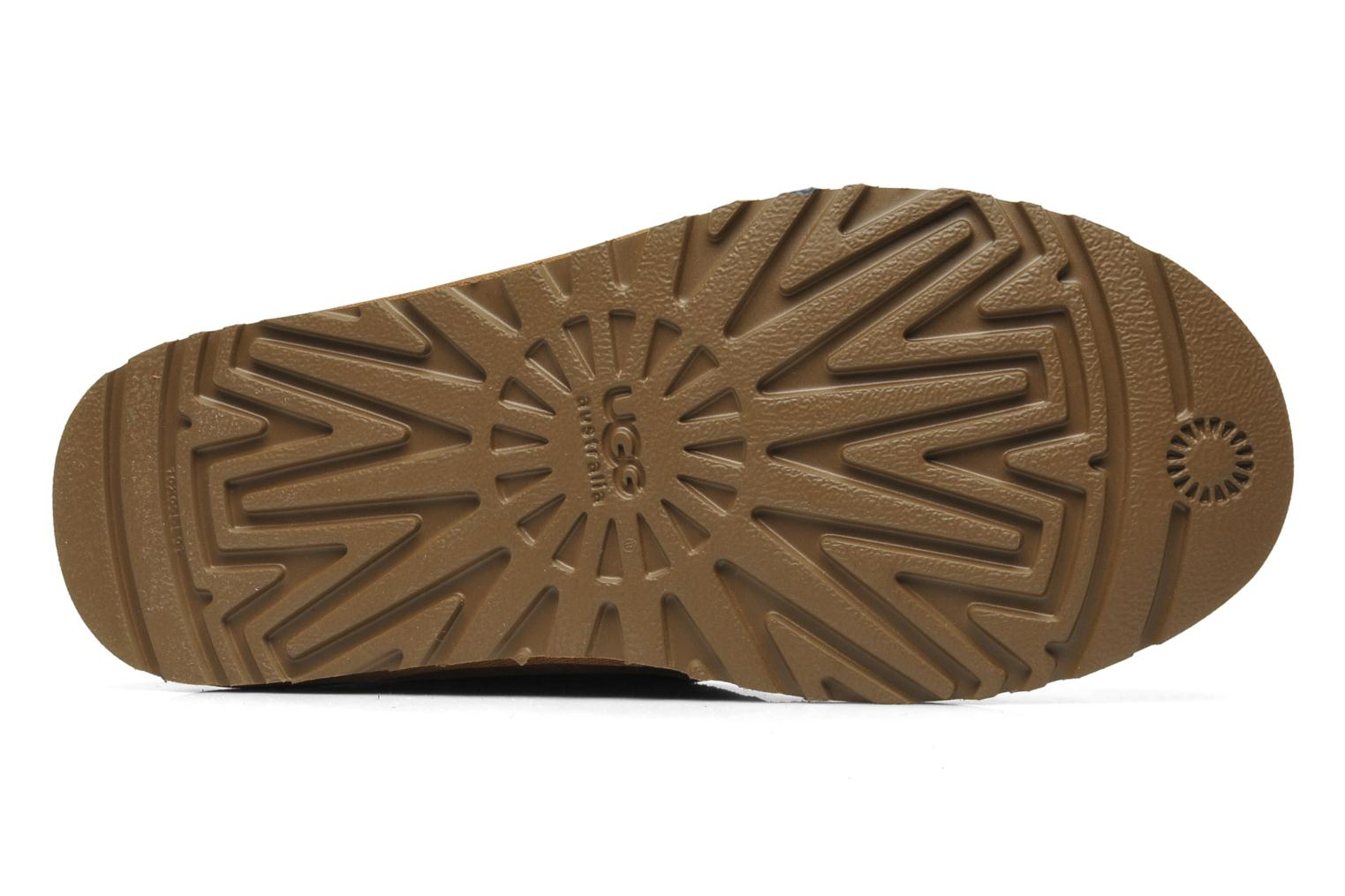 Lace-up shoes UGG Neumel Brown view from above