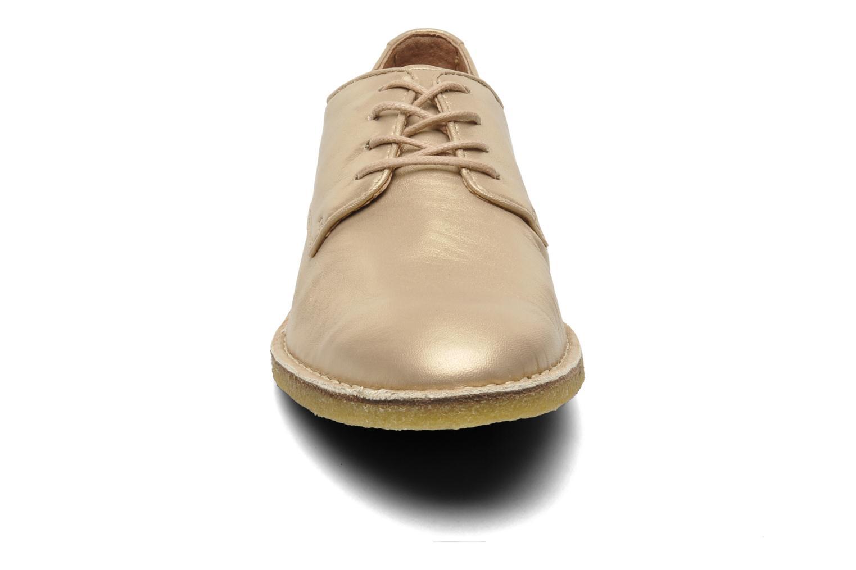 Chaussures à lacets Kickers Neochic Or et bronze vue portées chaussures