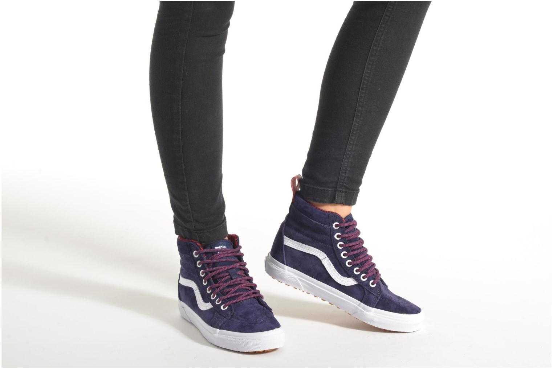 Sneaker Vans SK8-Hi MTE W braun ansicht von unten / tasche getragen