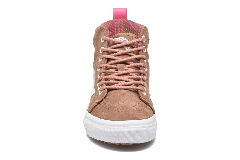 Baskets Vans SK8-Hi MTE W Marron vue portées chaussures