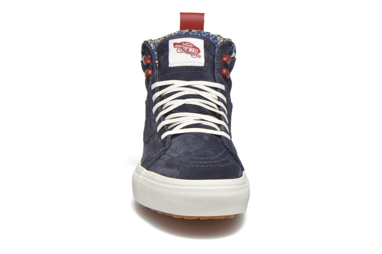 Baskets Vans SK8-Hi MTE W Bleu vue portées chaussures
