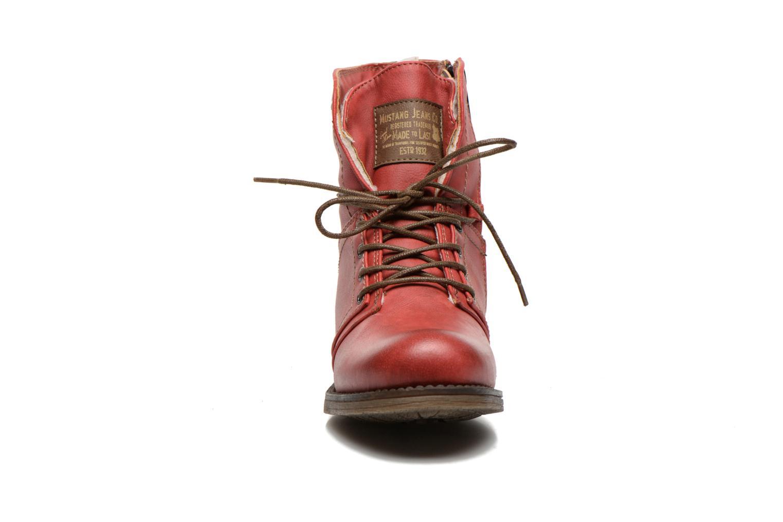 Bottines et boots Mustang shoes Bigz Rouge vue portées chaussures