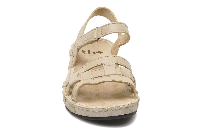 Sandalen TBS Vladia beige schuhe getragen