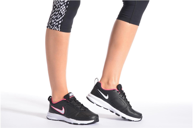 Sportschuhe Nike Wmns T-Lite Xi schwarz ansicht von unten / tasche getragen