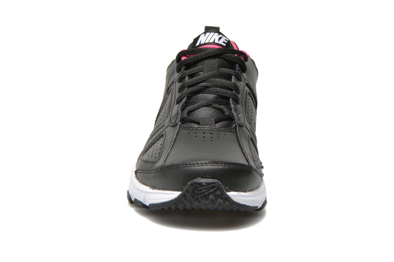 Sportschuhe Nike Wmns T-Lite Xi schwarz schuhe getragen