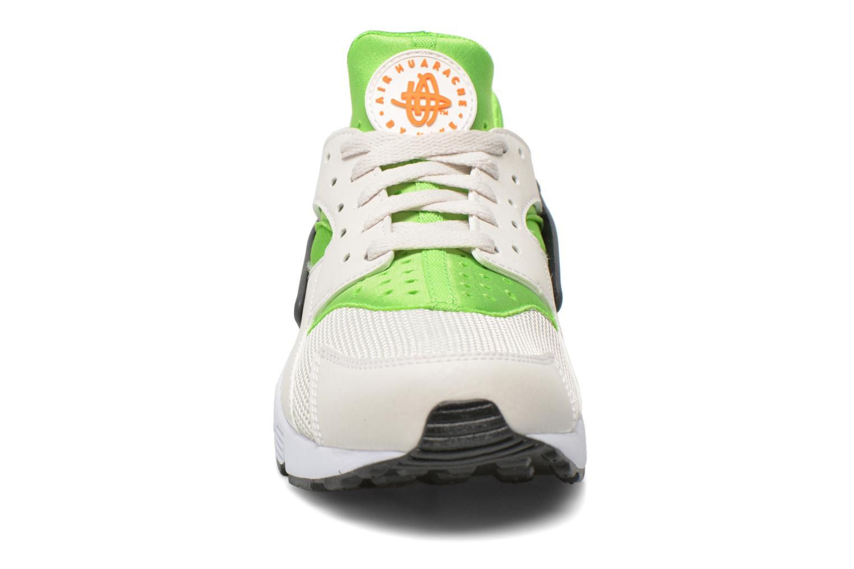 Sneaker Nike Nike Air Huarache grün schuhe getragen
