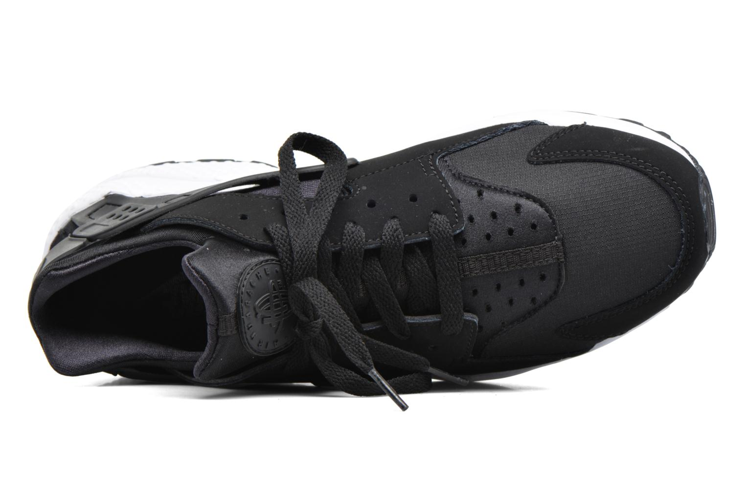 Trainers Nike Nike Air Huarache Black view from the left