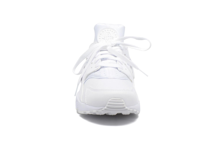 Sneakers Nike Nike Air Huarache Bianco modello indossato