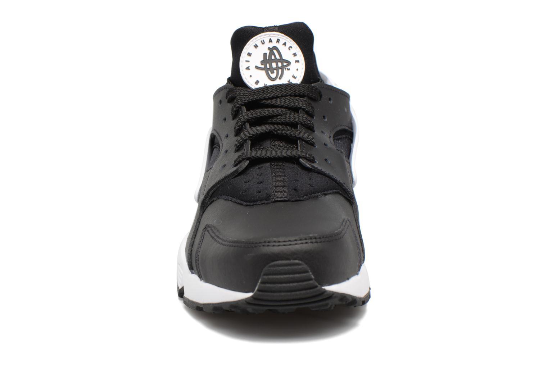 Trainers Nike Nike Air Huarache Black model view