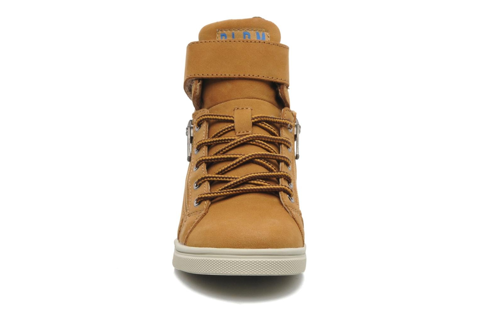 Trainers P-L-D-M By Palladium Veleda WP Brown model view