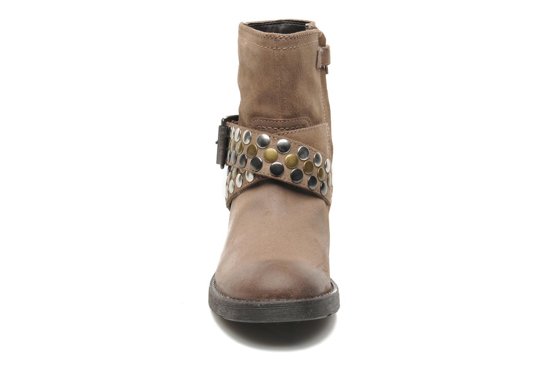 Bottines et boots Geox JR SOFIA B Marron vue portées chaussures