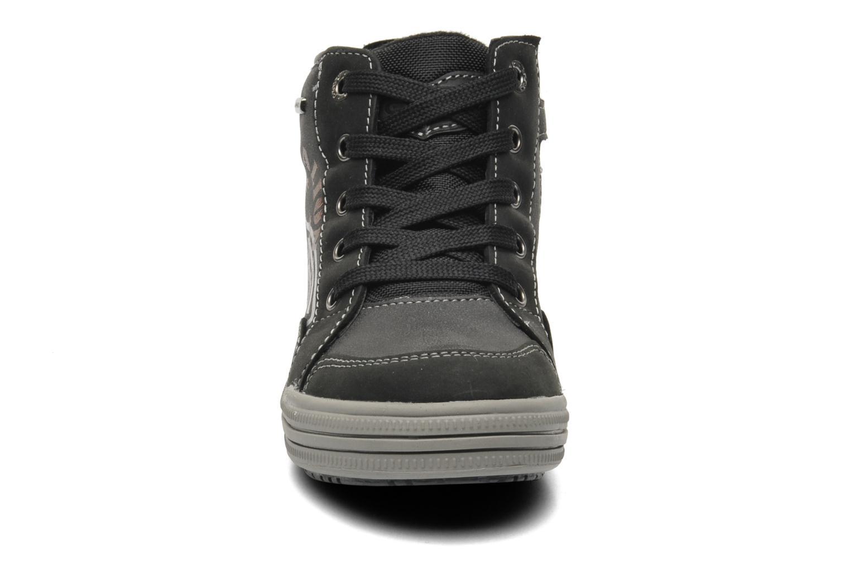 Sneaker Geox J ELVIS WP C schwarz schuhe getragen