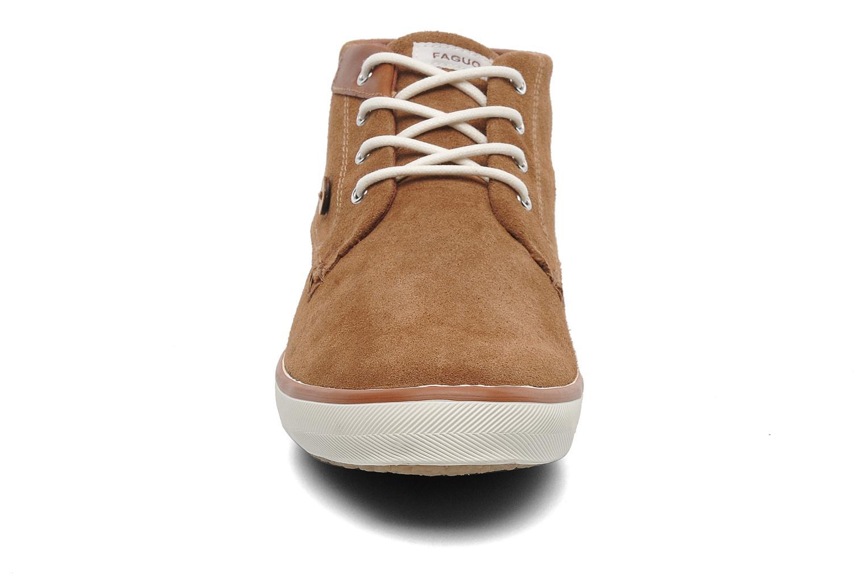 Baskets Faguo Wattle Suede Marron vue portées chaussures