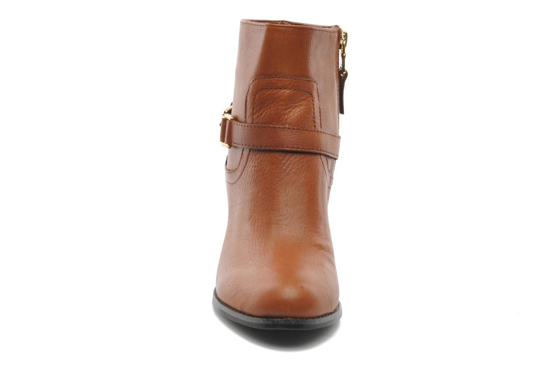 Bottines et boots Lauren by Ralph Lauren MAEVE Marron vue portées chaussures