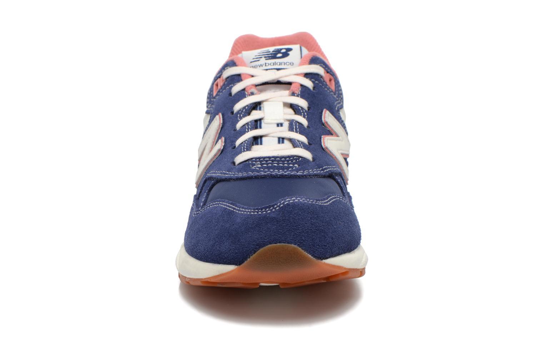 Sneakers New Balance WRT580 Blå bild av skorna på