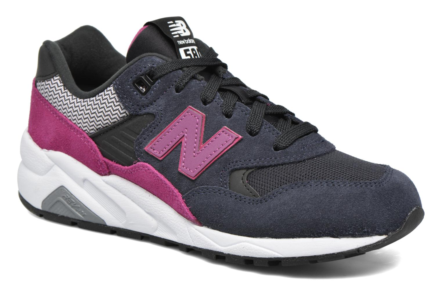 Trainers New Balance WRT580 Black detailed view/ Pair view