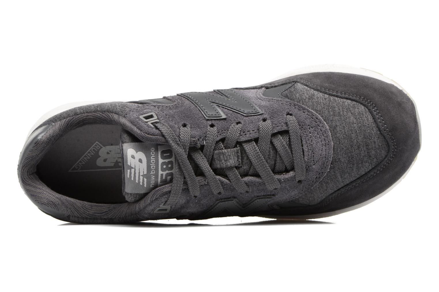 Trainers New Balance WRT580 Grey view from the left