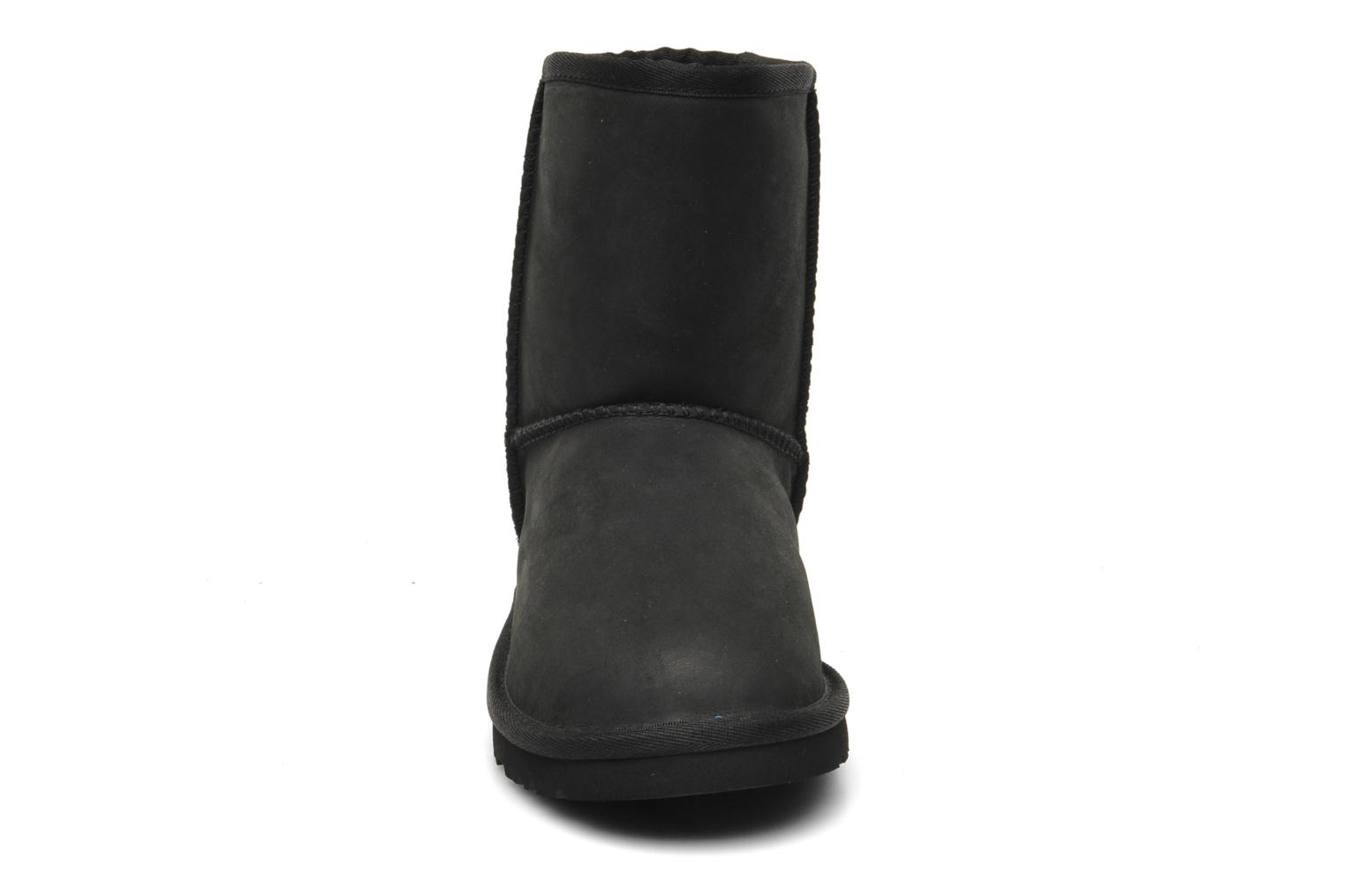 Laarzen UGG K Classic Short Leather Zwart model