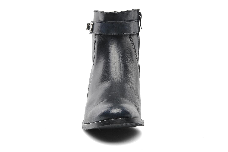 Bottines et boots Elizabeth Stuart Cassey 391 Bleu vue portées chaussures