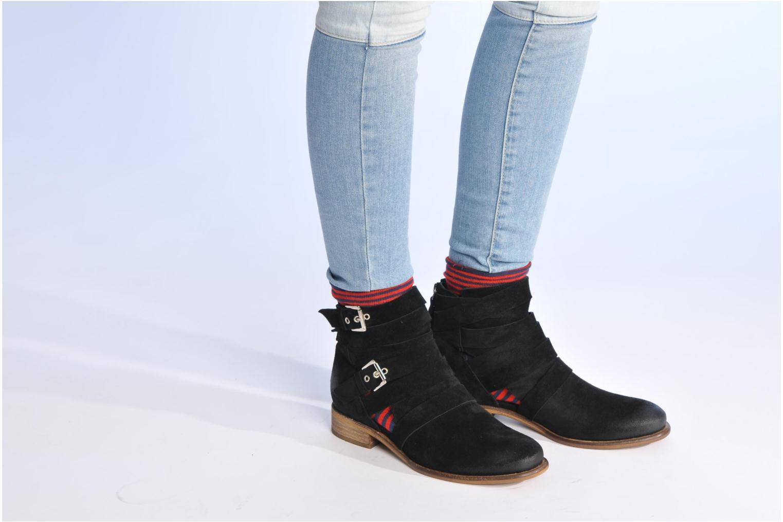 Bottines et boots Made by SARENZA Buttes-Chaumont #7 Noir vue bas / vue portée sac