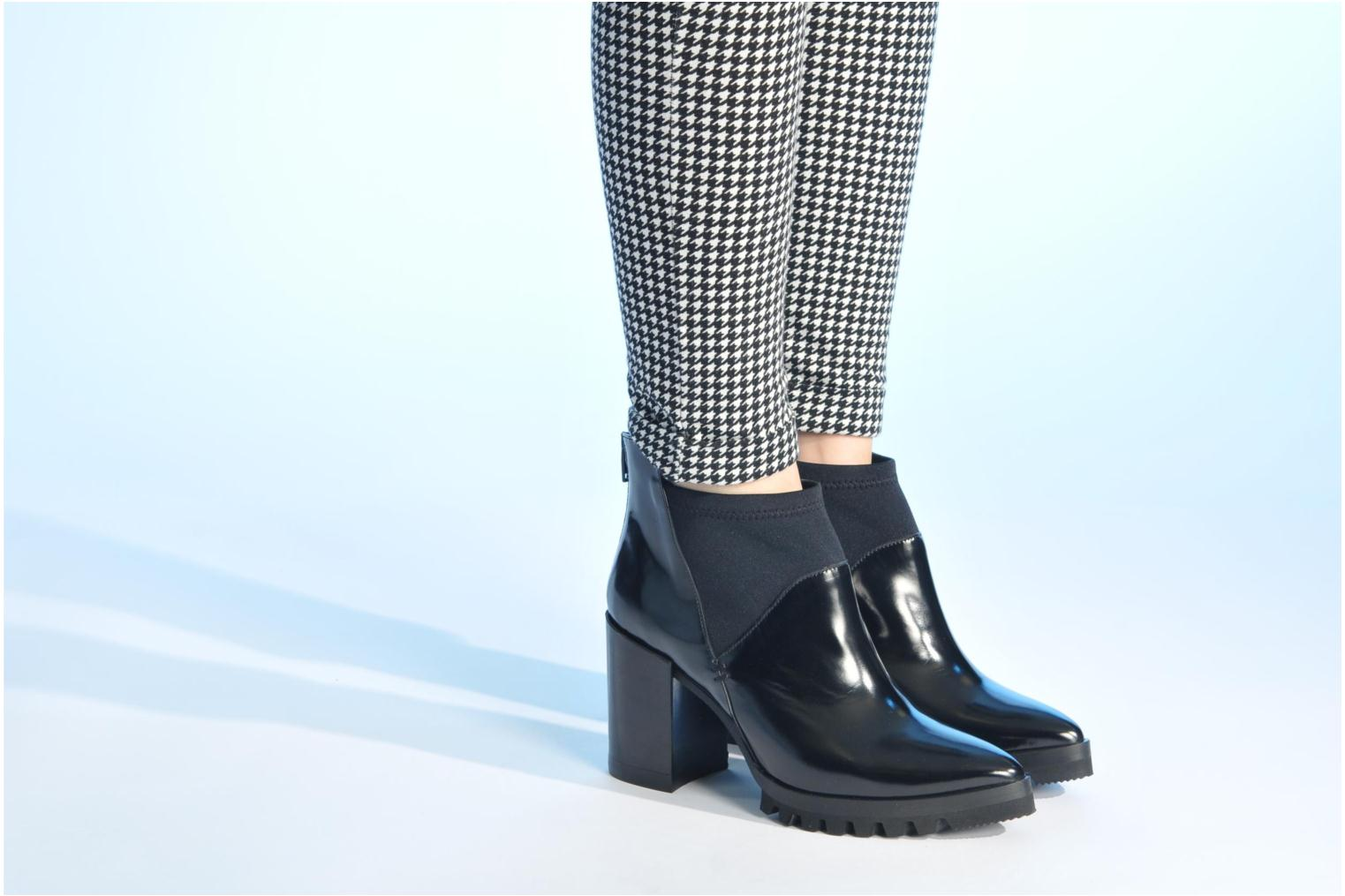 Ankle boots Made by SARENZA Bataclan #18 Black view from underneath / model view