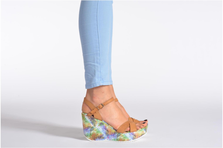 Sandales et nu-pieds Coolway Galatea Marron vue bas / vue portée sac