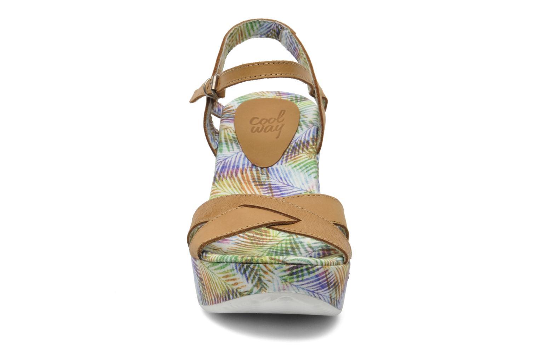 Sandales et nu-pieds Coolway Galatea Marron vue portées chaussures
