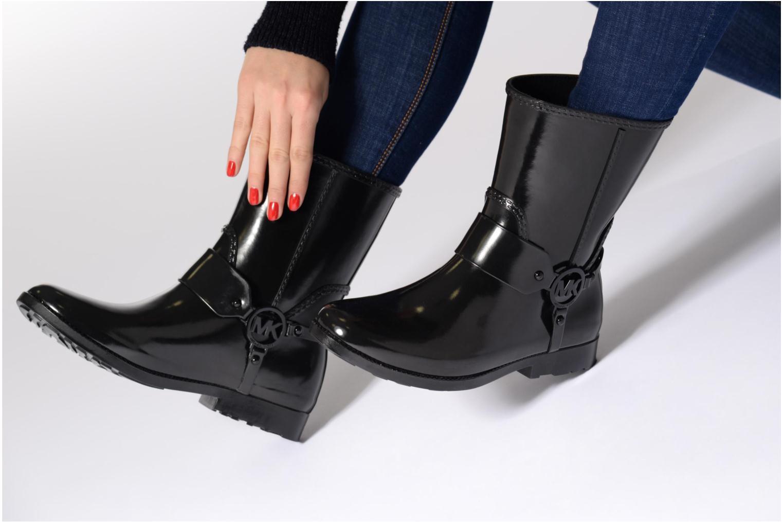 Bottines et boots Michael Michael Kors Fulton Harness Rainbootie Noir vue bas / vue portée sac