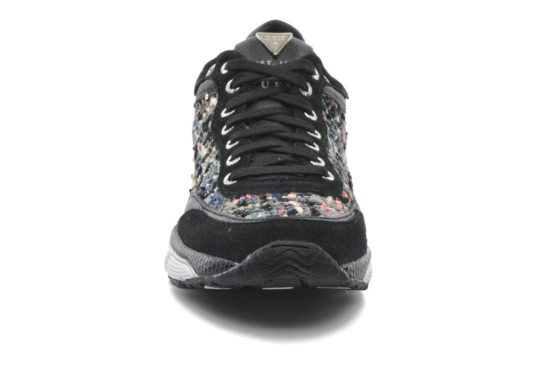 Baskets Guess Marylynn Noir vue portées chaussures