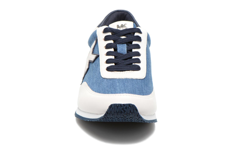 Baskets Michael Michael Kors Stanton trainer Bleu vue portées chaussures