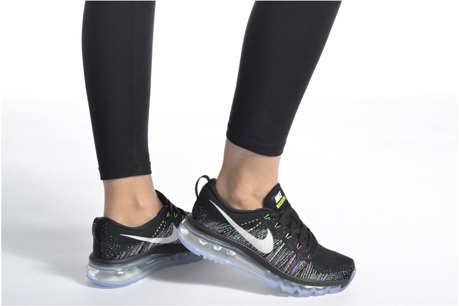 Wmns Nike Flyknit Max Black/Summit White-Ghost Green-Fire Pink