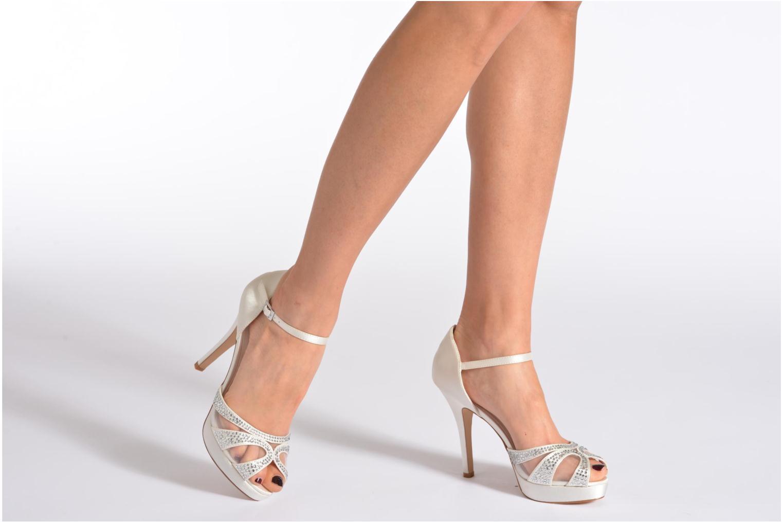 Sandales et nu-pieds Menbur Aster Blanc vue bas / vue portée sac