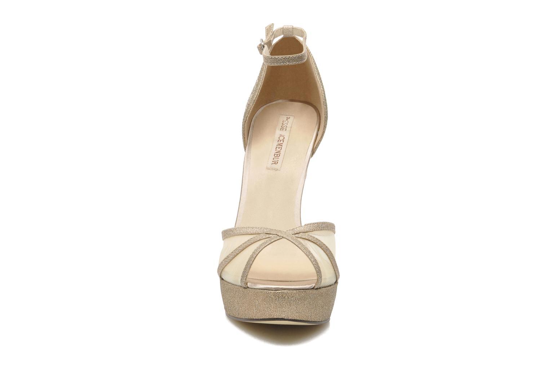 Sandales et nu-pieds Menbur Dahlia Or et bronze vue portées chaussures