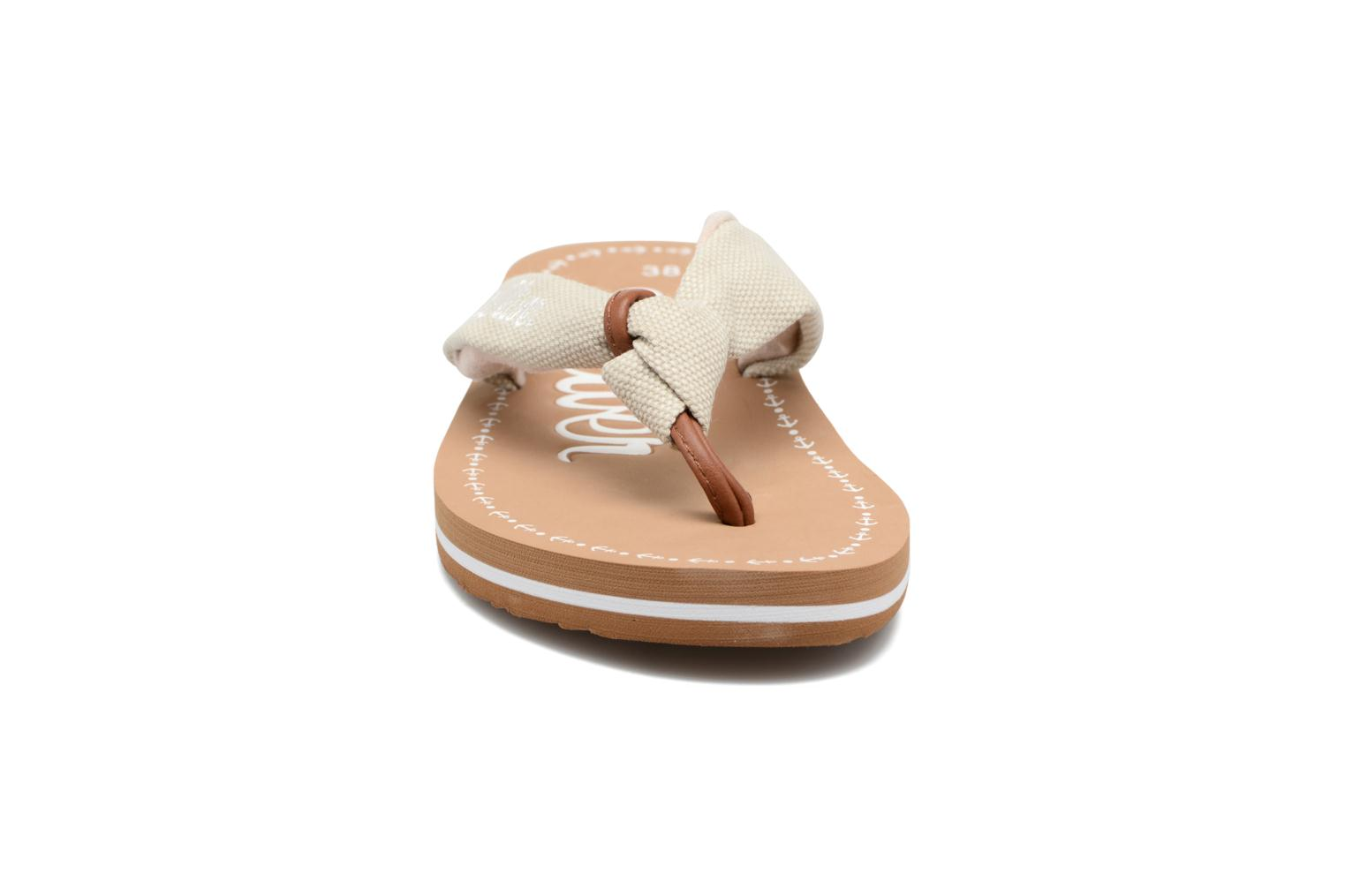 Tongs S.Oliver Krink Beige vue portées chaussures