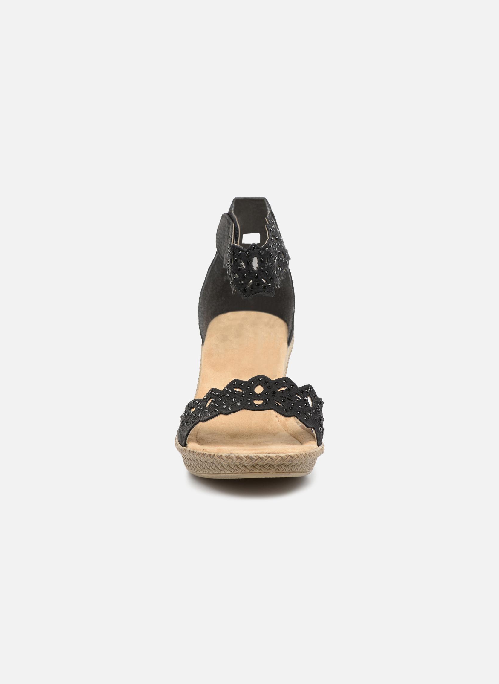 Sandalen Rieker Killa 66555 schwarz schuhe getragen