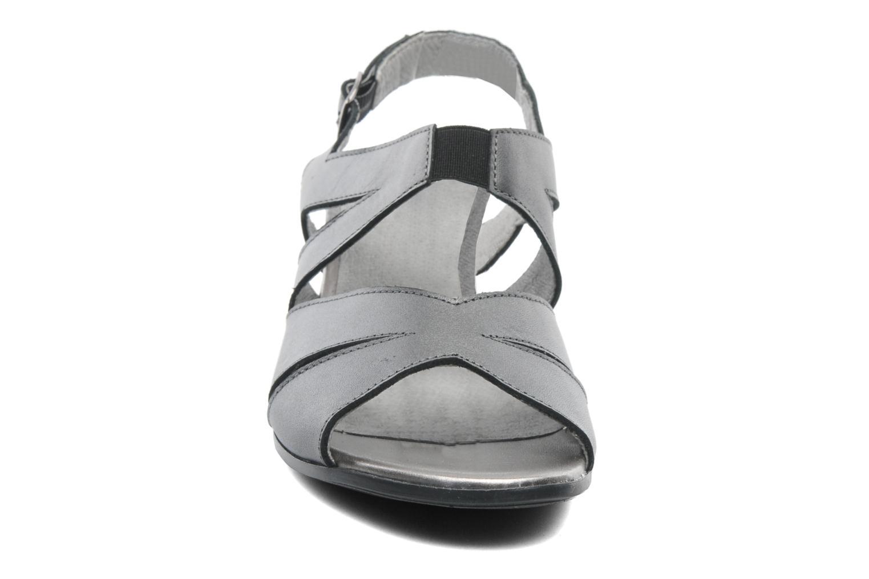 Sandales et nu-pieds Arima pour Elle Poeta Gris vue portées chaussures