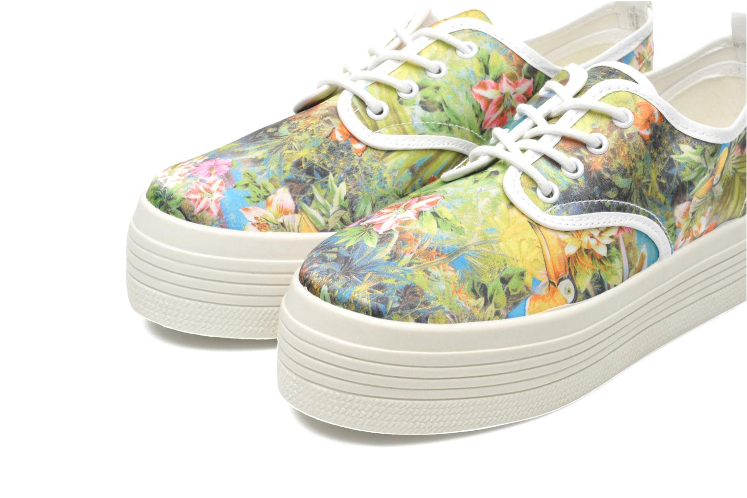 Trainers Ippon Vintage Yuka Flowers Multicolor 3/4 view