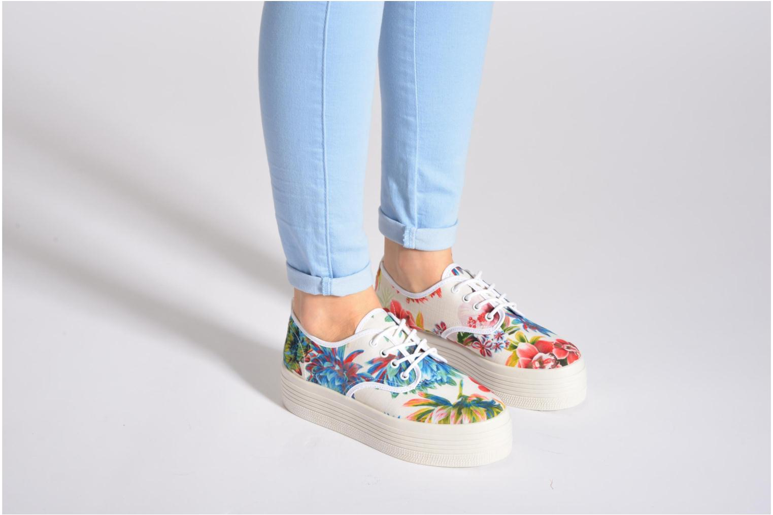 Trainers Ippon Vintage Yuka Flowers Multicolor view from underneath / model view