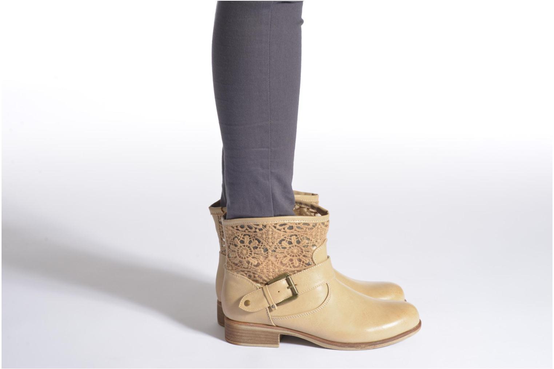 Stiefeletten & Boots I Love Shoes Thivu beige ansicht von unten / tasche getragen