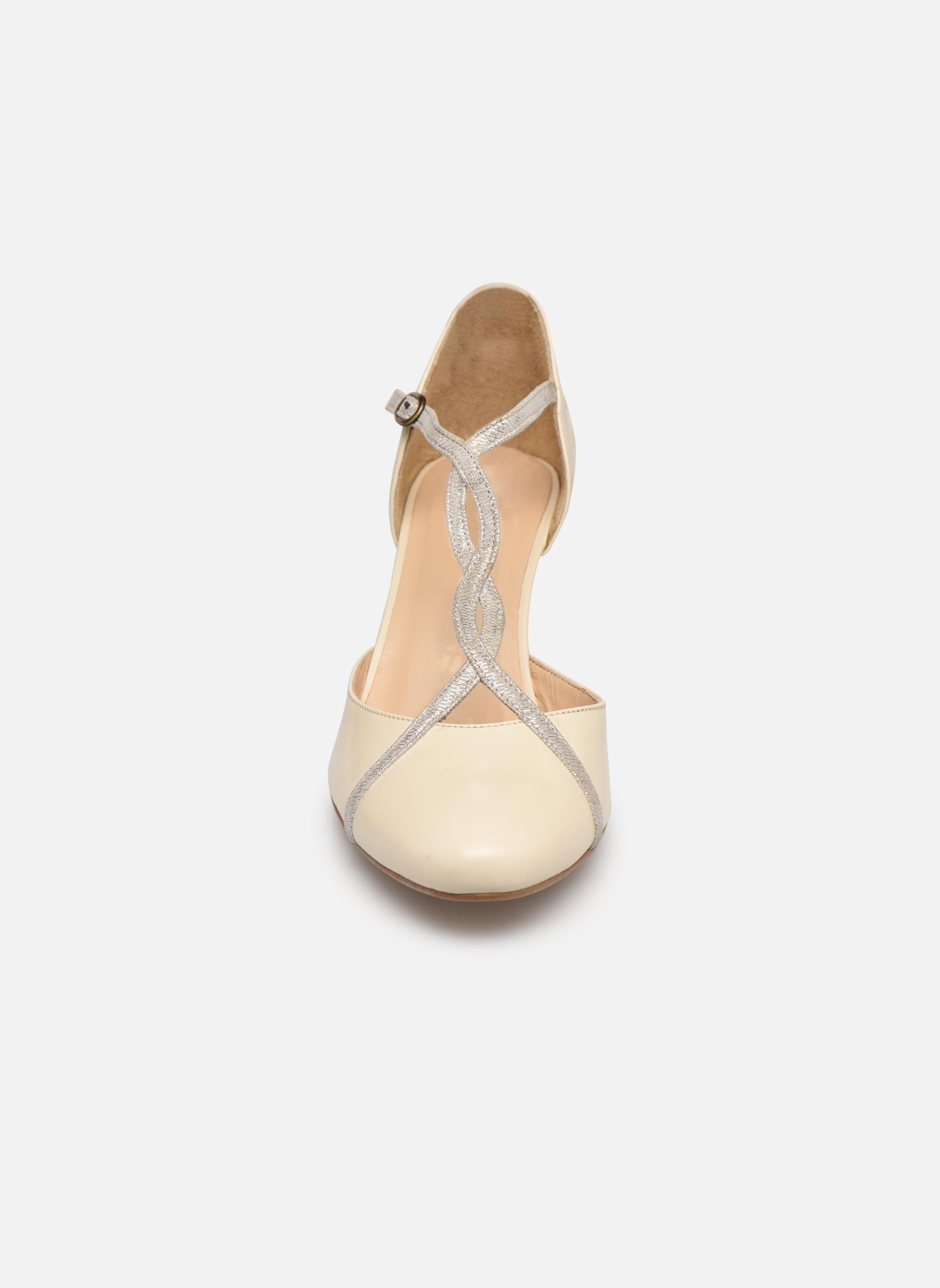 Escarpins Jonak 11320 Beige vue portées chaussures