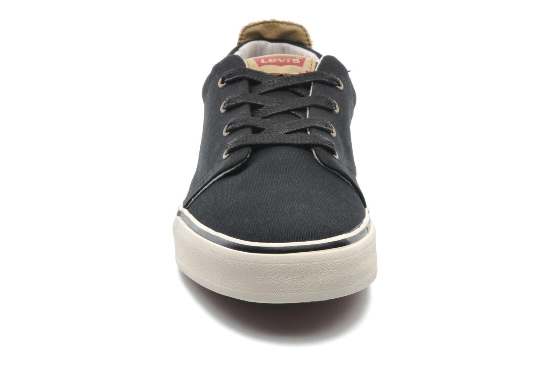 Sneaker Levi's Justin Low Lace schwarz schuhe getragen